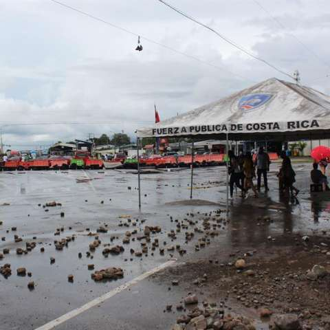 bloqueos en COsta RIca contra el FMI efe