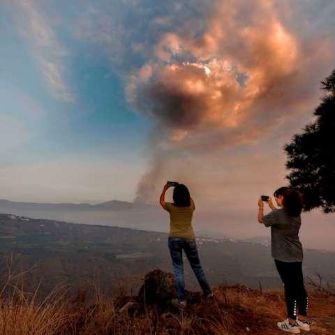 erupción volcán de La Palma efe
