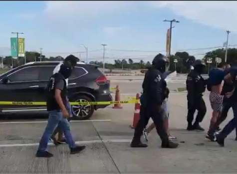 Los sospechosos no disfrutaron ni 24 horas el vehículo robado.