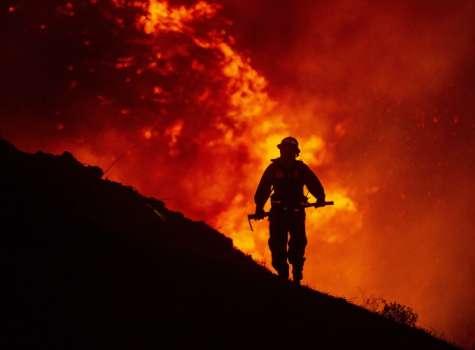 """El fuego, que ha sido bautizado como """"Dixie"""" por las autoridades, se declaró el pasado 14 de julio. FOTO/EFE"""