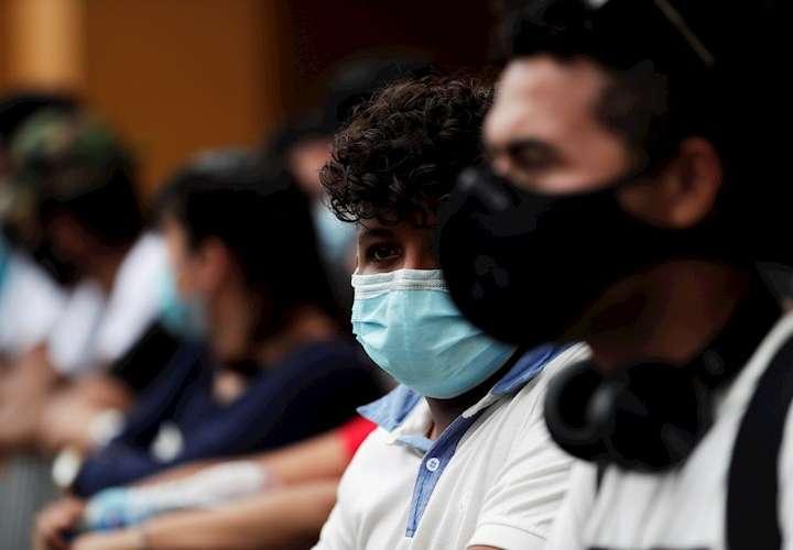 Tasa de contagio y de decesos sigue a la baja