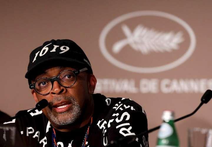 """Spike Lee: la población negra sigue siendo """"cazada como animales"""""""
