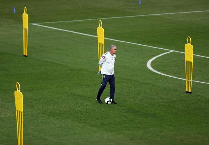 El seleccionador del equipo nacional del fútbol de Brasil,
