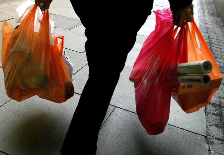 Entra en vigor la prohibición de venta de bolsas de plástico en Nueva Zelanda