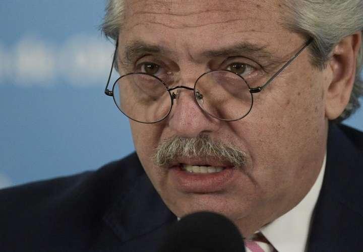 Prueba PCR confirma positivo de covid-19 del presidente argentino