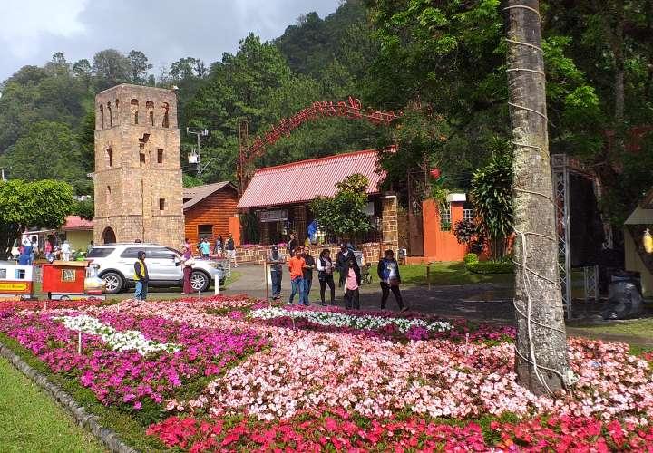 Feria de Las Flores y El Café rinde homenaje a 500 años de fundación de Panamá