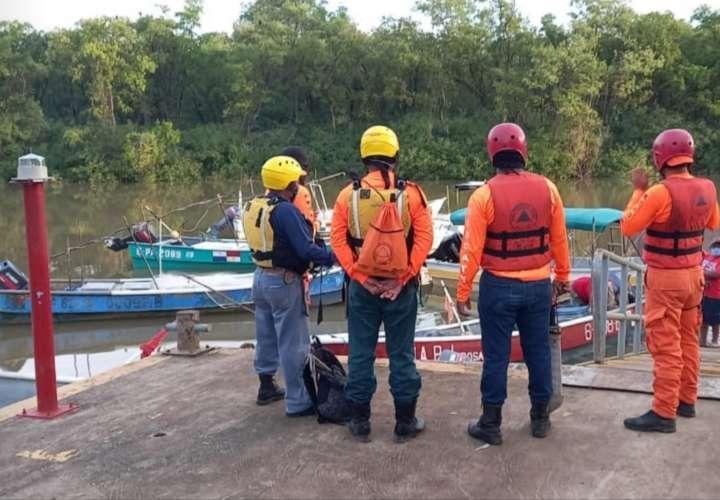 Buscan por segundo día a pescador desaparecido en costas herreranas