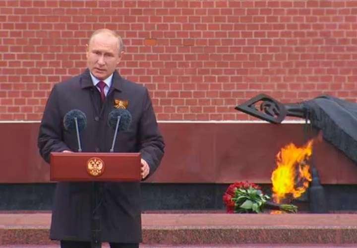 Rusia celebra la victoria sobre Hitler sin veteranos ni tanques en las calles