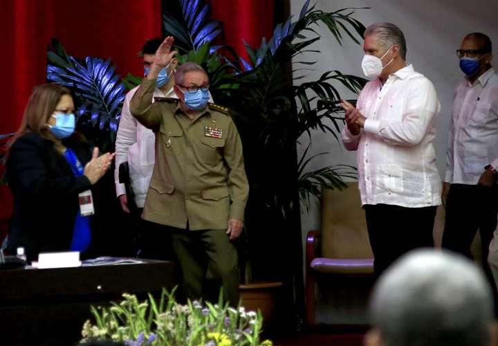 ¡Histórico! Raúl Castro renuncia a la jefatura del Partido Comunista de Cuba