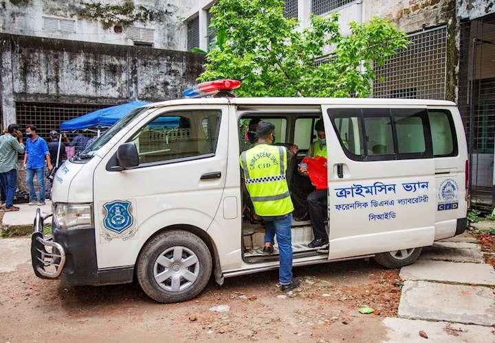 Detienen en Bangladesh al dueño de la fábrica incendiada que dejó 52 muertos