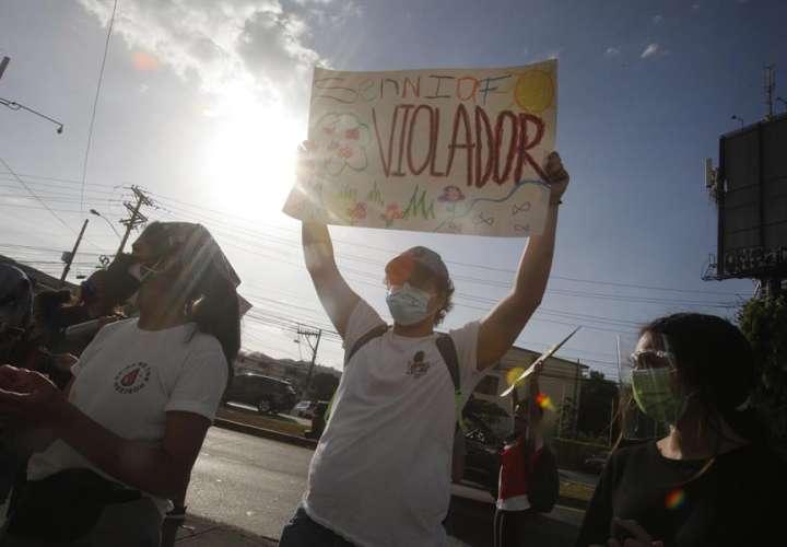 Católicos y evangélicos piden nombres de los abusadores en los albergues
