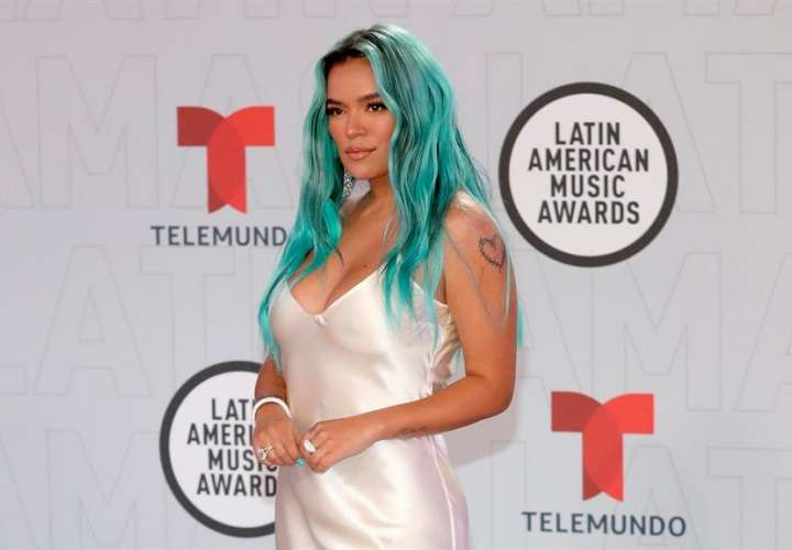 Bad Bunny y Karol G arrasan en los Latin American Music Awards