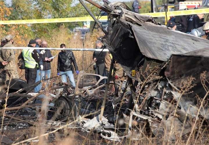 Mueren 26 personas en un accidente de un avión militar en Ucrania
