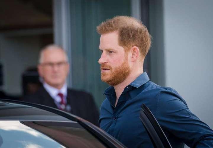 El príncipe Enrique acepta una compensación del Mail On Sunday por difamación