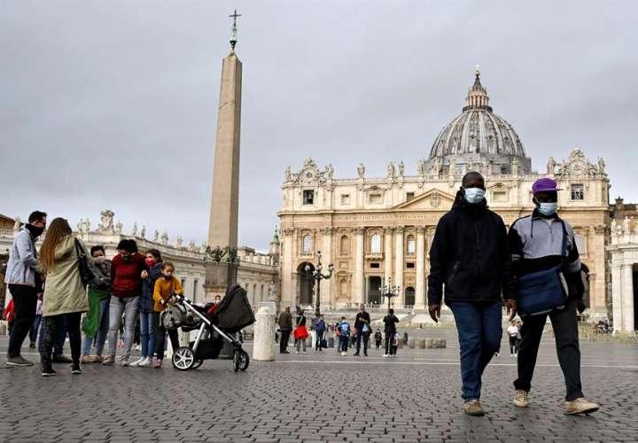 Italia registra 2.844 nuevos contagios, la mayor cifra desde abril