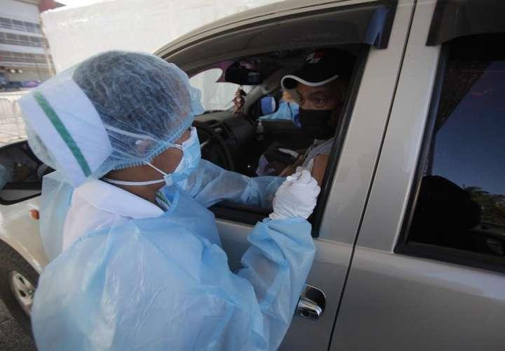 Ministro de Salud recibirá del PAI auditoría sobre lotes de vacunas