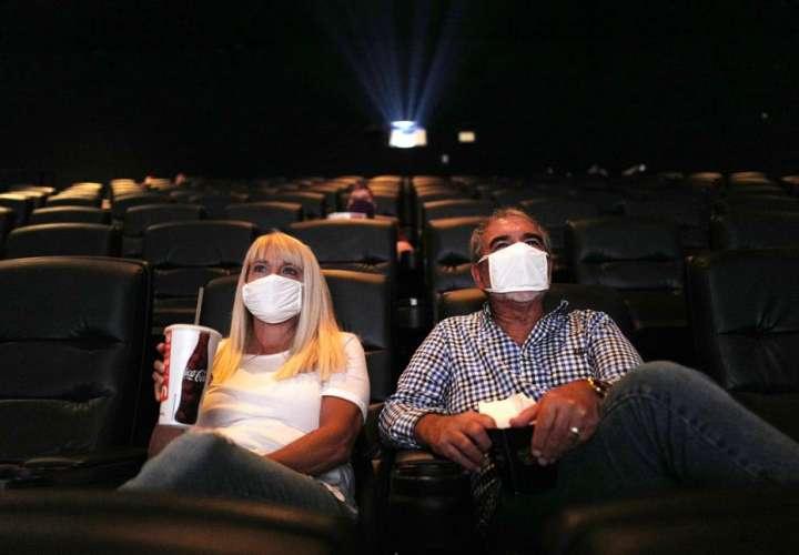 Casinos,cines y canchas reabren el 6