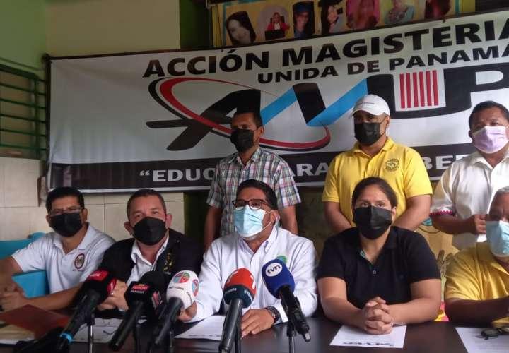 Gremios magisteriales denuncian irregularidades para retorno a clases