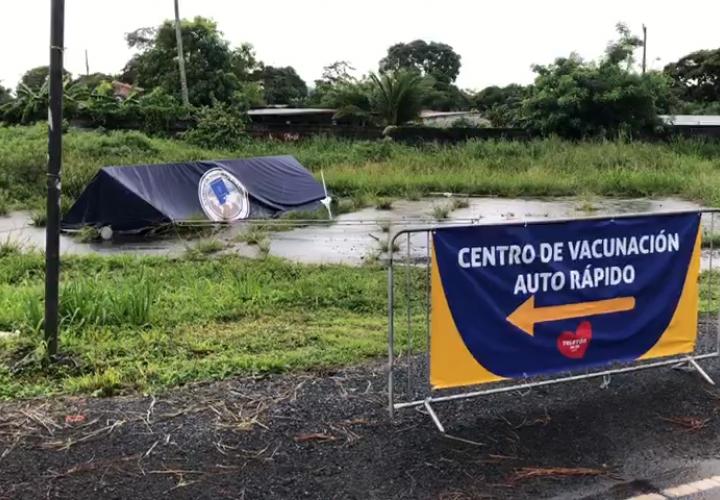 Cierran temporalmente auto rápidos de vacunación en Oeste y Colón por mal tiempo