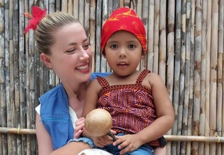 Amber Heard disfrutó venir a Panamá y haberse reunido con los pueblos indígenas