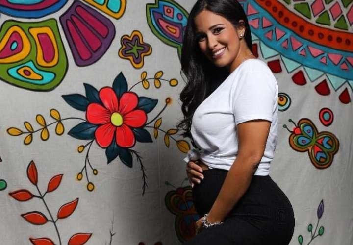 Ya nació la hija de Rommelito y Ana Lorena