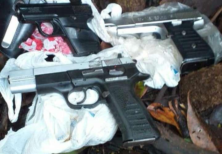 Escondían 4 armas en los manglares de Pedregal