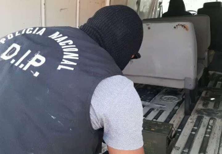 Detención y decomiso de armas, municiones y proveedores en Brisas del Golf