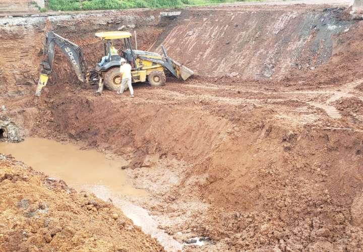Trabajos de reparación de vía en  Arraiján presenta avance de 60%
