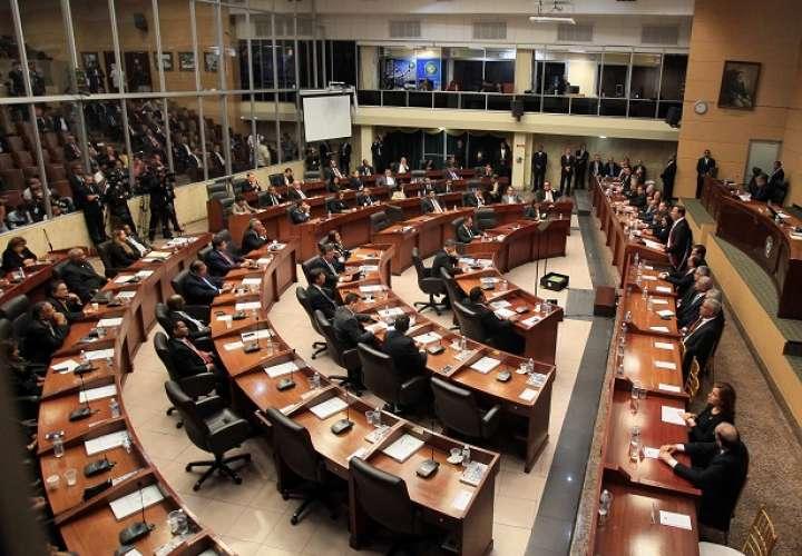 Asamblea separa de su cargo a funcionario detenido en operación antidrogas