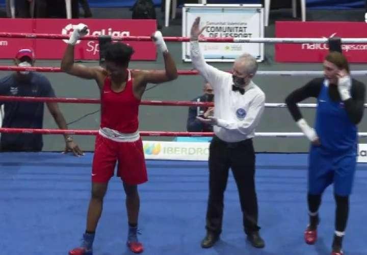 Atheyna Bylon luego del triunfo en el torneo Boxam.