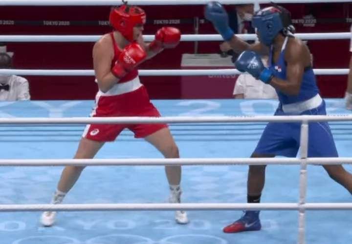 Atheyna Bylon logra triunfo histórico en el boxeo de los Juegos Olímpicos