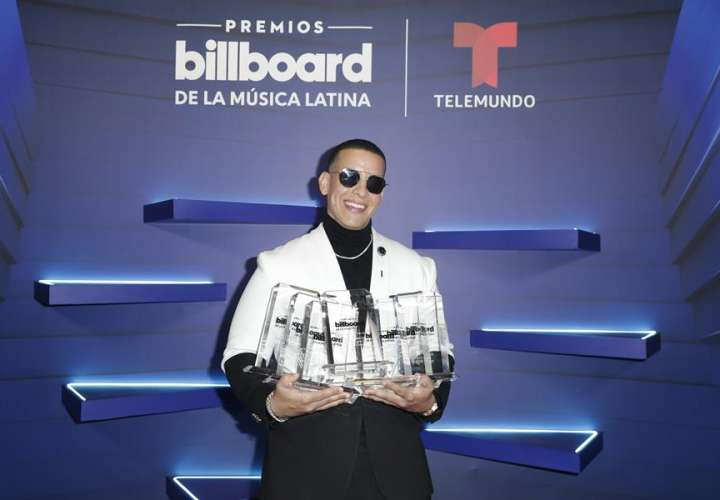 Daddy Yankee y Bad Bunny reinan en los Latin Billboards