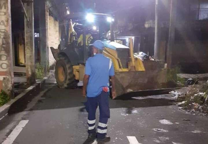Pandilleros tiran bala a recolectores en Colón