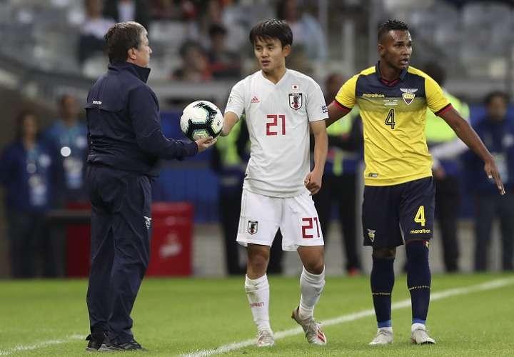 Japón empata con la Ecuador de 'El Bolillo', ambos se eliminan y avanza Paraguay
