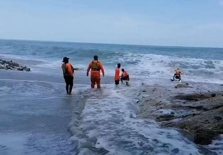 Reinician búsqueda de joven de 19 años desaparecido en playa Río Mar