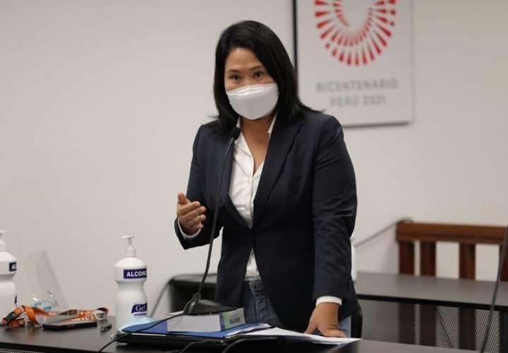 Candidata presidencial peruana Keiko Fujimori, quien participa en una audiencia hoy, lunes. EFE