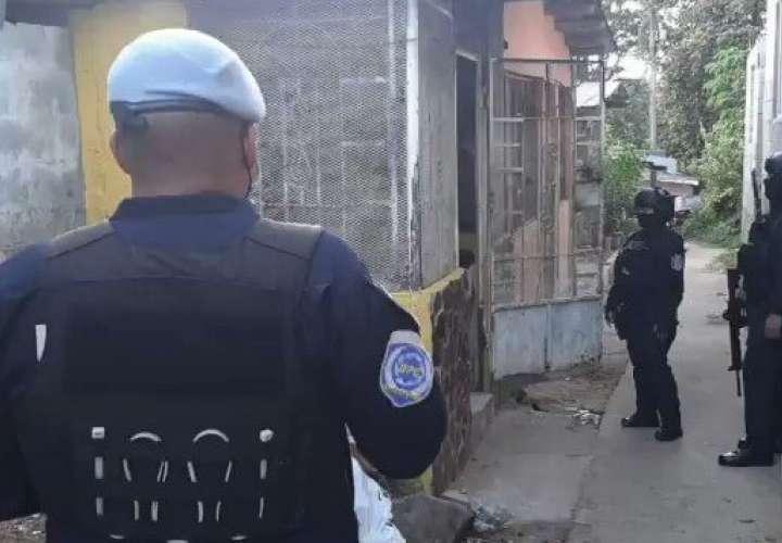 Tres hombres detenidos por homicidio en Cocobolo [Video]
