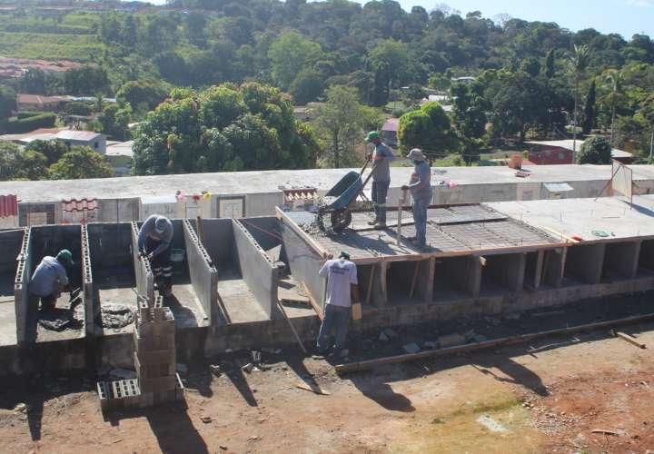 Aumentan construcción de bóvedas en cementerios