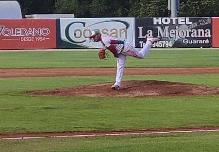 Chiriquí vence a Oeste en primer juego del grupo B del béisbol mayor