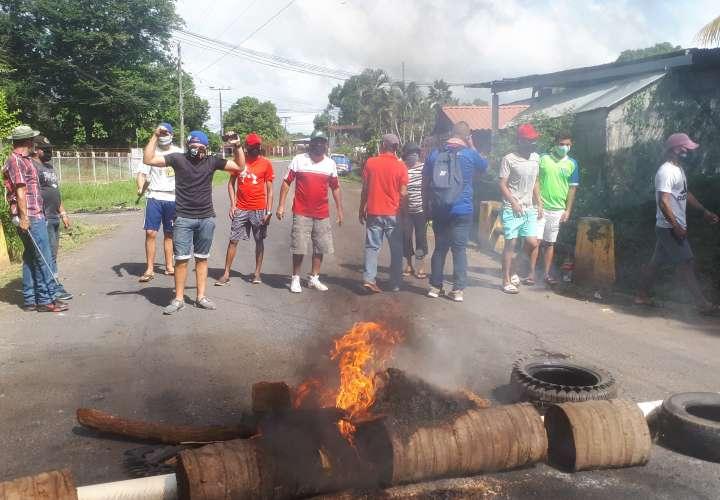 Veragüenses saldrán a protestar el lunes por mal estado de carretera