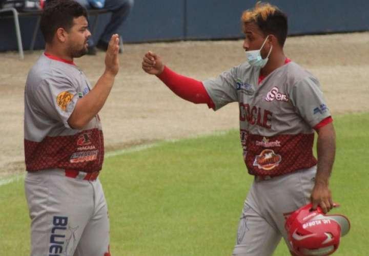 Coclé logra su quinta victoria en Nacional de Béisbol Mayor
