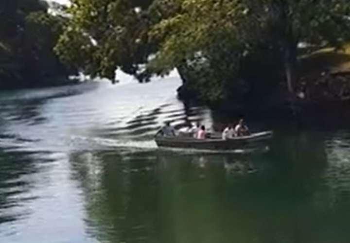 Hallan cadáver de niño de 4 años que cayó al agua tras volcarse cayuco