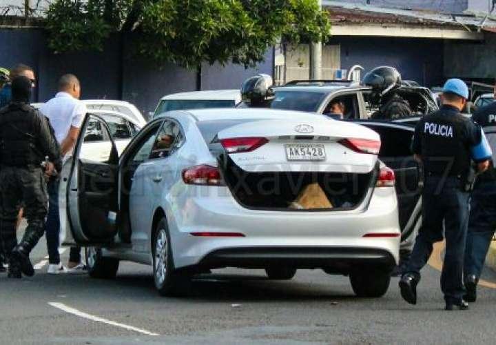 Suspenden la licencia a conductor que atropelló a joven e intentó huir