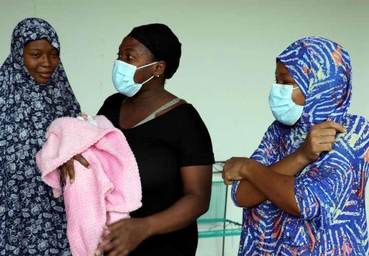 Embarazadas salen de África, 1 parió en Honduras y otra perdió su bebé en Panamá