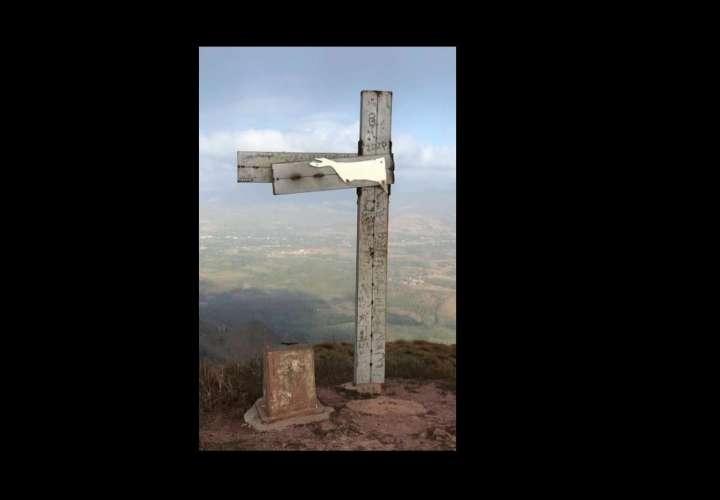 Reemplazarán emblemática cruz de Chame por daños en la estructura