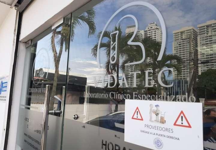 Allanamientos simultáneos en edificio de Coco del Mar y sede de Vidatec