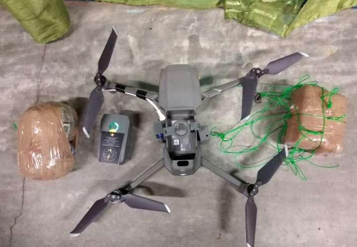 Decomisan dron cargado con droga en la Nueva Joya