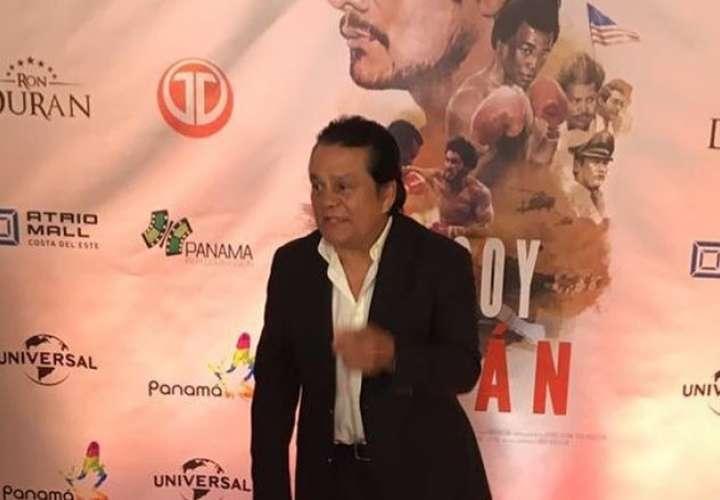 Roberto Durán estrenó su documental y se fue a EE.UU. a darle promoción