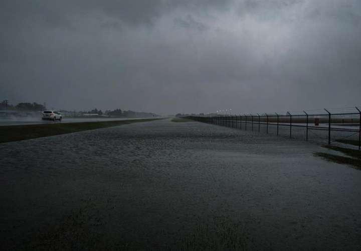 La tormenta tropical Delta produce aún fuertes vientos y lluvias en Luisiana