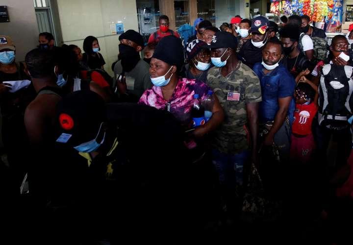 Panamá ha recibido a 55 mil migrantes y gastado $20 millones este año